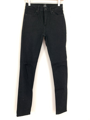 "Just Black Denim Black Distressed Knee Skinny Jeans NWT- Size 26 (Inseam 27.5"")"