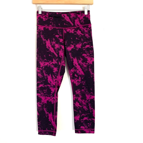 "Lululemon Magenta and Black Tie Dye Legging- Size 4 (Inseam 21"")"