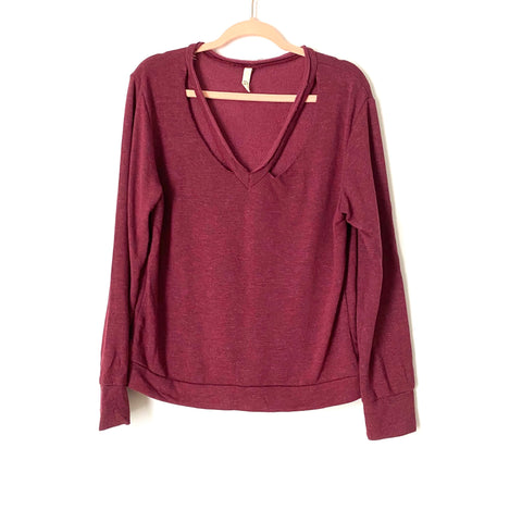 Elan Heathered Cranberry Cut Out Sweater- Size M