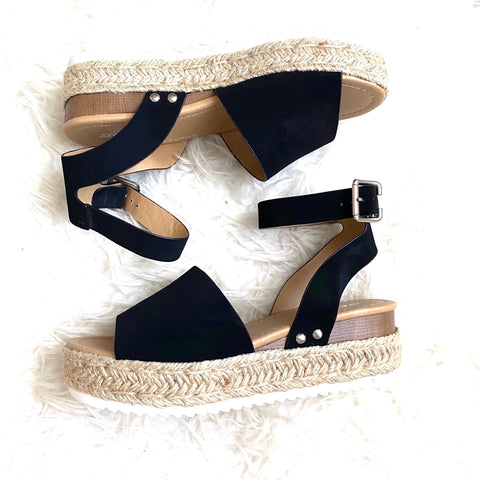 Soda Black Ankle Strap Espadrille Platform Shoes- Size 7 (Jana)