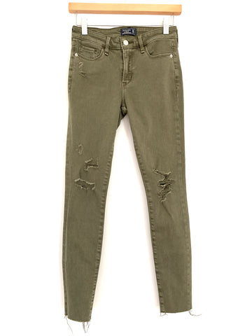 "Abercrombie & Fitch Olive Distressed Super Skinny Jean- Size 24 (Inseam 26"")"