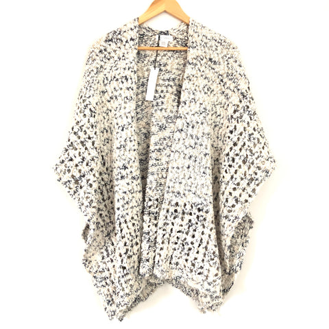 Sole Society Ivory and Black Chunky Knit Wide Short Sleeve Cardigan- One Size