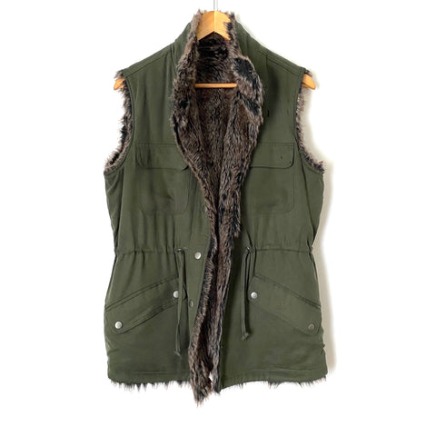 Cupcakes and Cashmere Military Style and Fur Reversible Vest- Size ~M