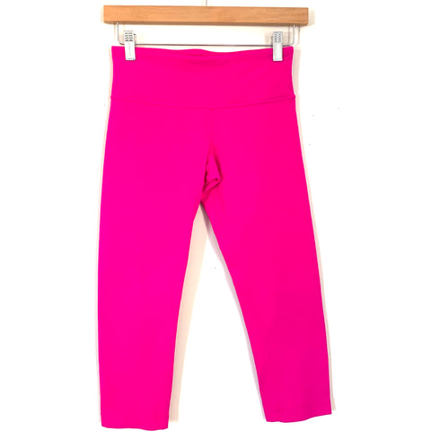 "Lululemon Bright Pink Crop Legging- Size 4 (Inseam 19"")"
