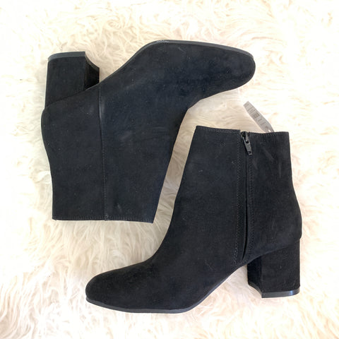Time & Tru Faux Suede Black Booties NWT- Size 8.5