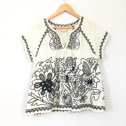 Vanessa Virginia Floral Embroidered Eyelet Top- Size 4 (see notes)