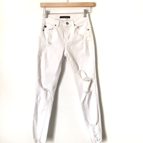 "Kancan White Distressed Raw Hem Jeans- Size 25 (Inseam 25"")"
