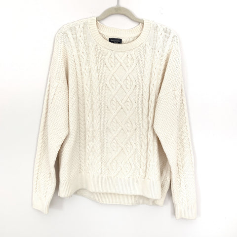 Abercombie & Fitch Cream Cable Knit Sweater- Size XL