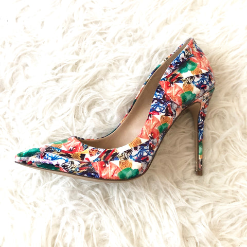 Steve Madden Colorful Floral Daisie Pumps- Size 7.5