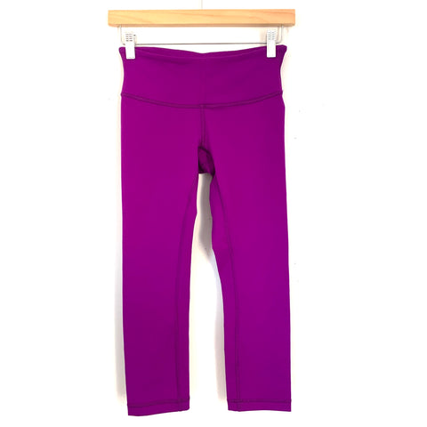 "Lululemon Purple Crop Legging- Size 4 (Inseam 20"")"
