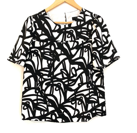 J Crew 365 Black and White Geometric Print Blouse- Size 0