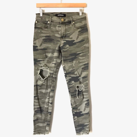 "Express Distressed Camo Jeans Ankle Mid Rise Leggings- Size 2R (Inseam 26"")"