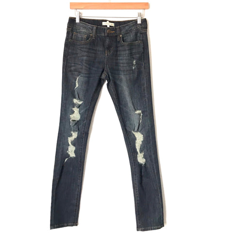 "Denim Box Distressed Dark Wash Skinny Jeans- Size 5 (Inseam 30"")"