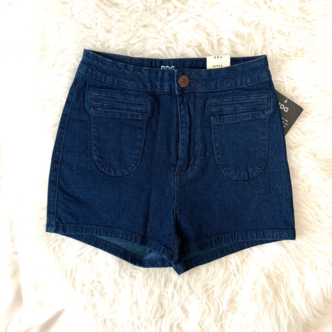 BDG Dark Wash Super High Pin Up Shorts NWT- Size 25