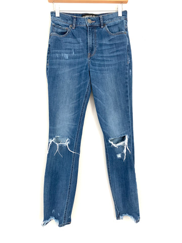 "Express Distressed Ankle Legging High Rise Jeans- Size 00R (Inseam 26.5"")"