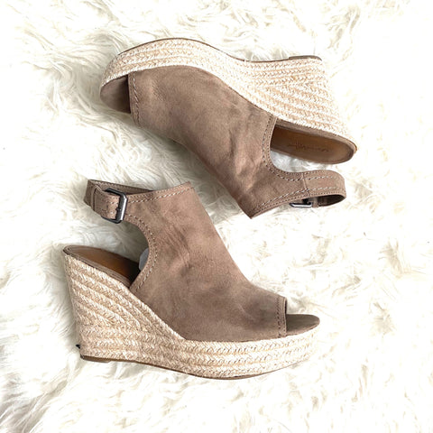 Universal Thread Brown Peep Toe Espadrille Wedges- Size 8