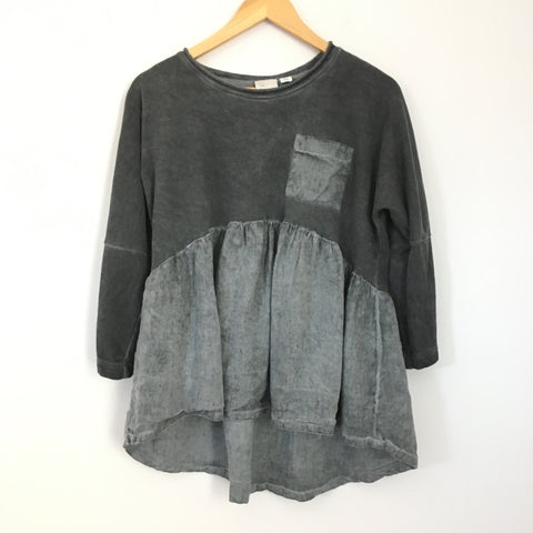 Postage Stamp Anthropologie Washed Grey Pocket 3/4 Sleeve Top- Size XS