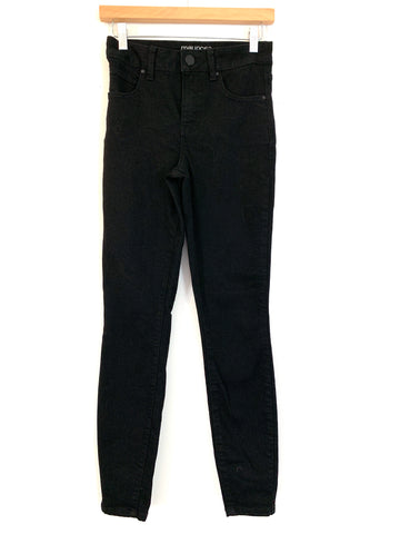 "Maurice's Black Everflex High Rise Jeans- Size 2 (Inseam 29"")"