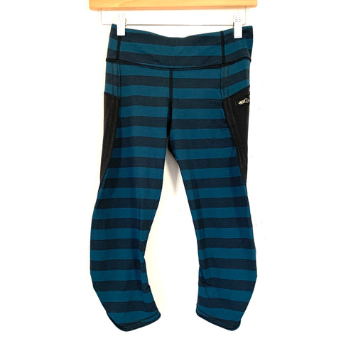 "Lululemon Blue/Black Striped Crop Legging with Zipper Pockets and Ruching- Size 4 (Inseam 16"")"