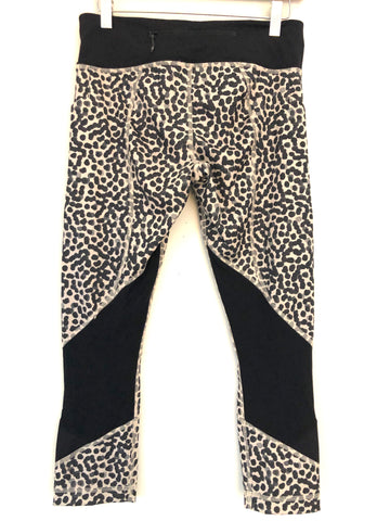 Lululemon Cheetah Crop Legging- Size 6
