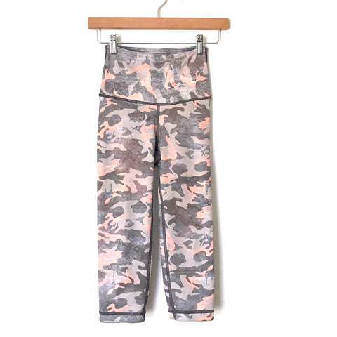 Wear It To Heart Pink/Grey Camo High Waisted Crop Leggings- Size ~XS (see notes)