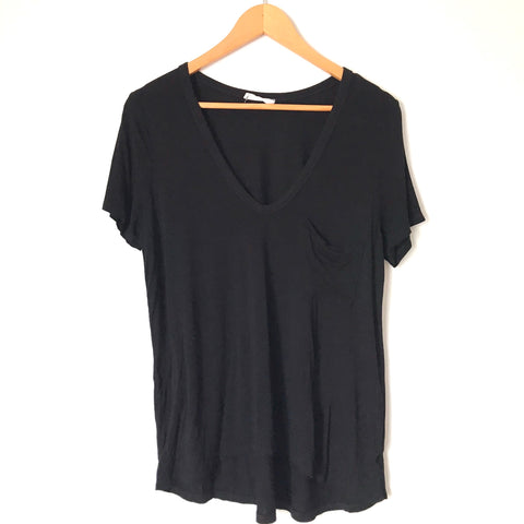 Lush Black V Neck Front Pocket Tee -Size M