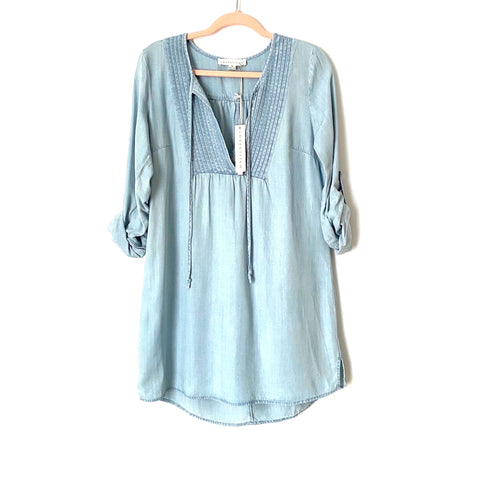 Lovestitch Chambray Roll Tab Sleeve Shift Dress NWT- Size M (sold out online)