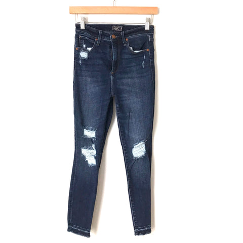 "Abercrombie & Fitch Simone High Rise Ankle Distressed Jeans- Size 00 (Inseam 23"")"