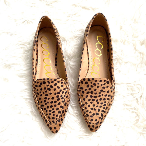Ccocci Animal Print Pointed Flats- Size 7 (brand new condition)