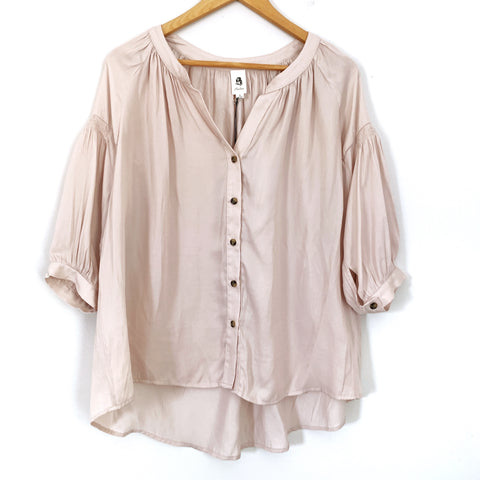 Flawless Blush 3/4 Sleeve Button Up Blouse NWT- Size S