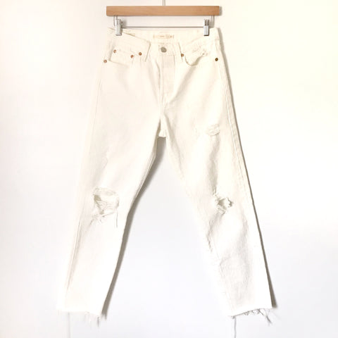 "Levi's White Distressed Wedgie Jeans- Size 27 (Inseam 27"")"