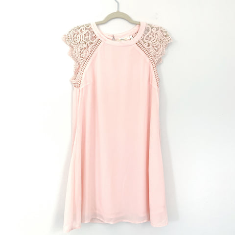 Andre by Unit Light Pink with Lace Sleeves- Size S