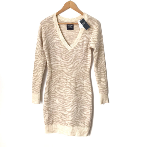 Abercrombie&Fitch Ivory/Tan Animal Print V Neck Sweater Dress NWT- Size S