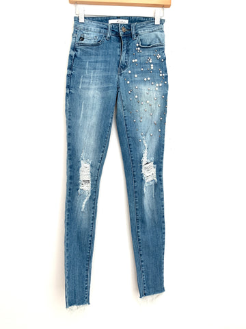 "KanCan Pearl Studded Jeans with Raw Hem- Size 24 (Inseam 28"")"