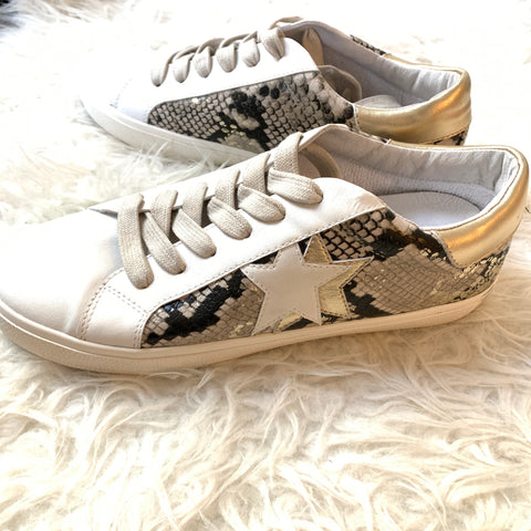 Steve Madden NY90 Sneakers BRAND NEW- Size 8.5 (No size found- estimated)