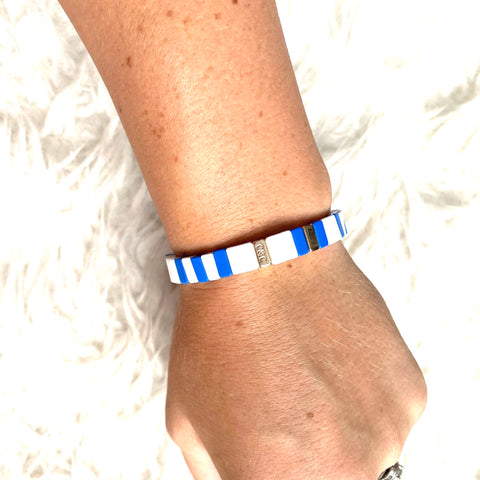 J Nicole Jewelry Blue and White Bracelet