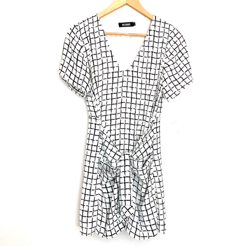 Missguided White & Black Check Faux Waist Wrap Dress- Size 8