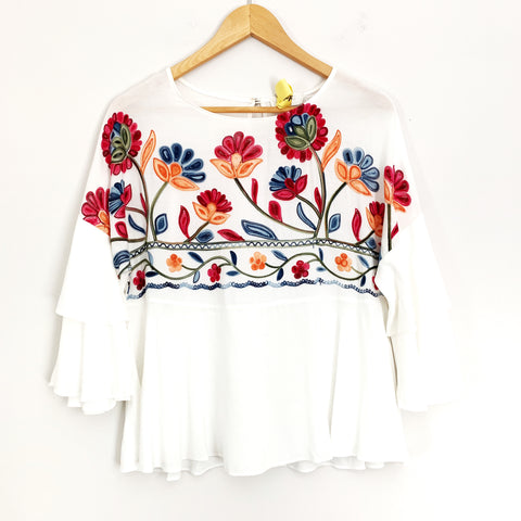 Renee C White Embroidered Floral 3/4 Ruffle Sleeve Blouse- Size S