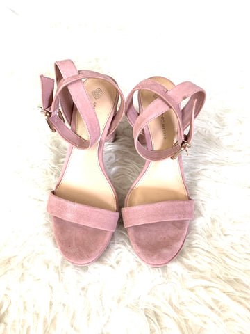Antonio Melani Light Pink Suede Block Heel- Size 7 (See notes!)