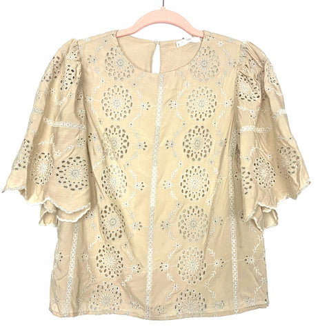 Free the Roses Cream Eyelet Embroidered Metallic Flutter Sleeve Blouse NWT- Size XS
