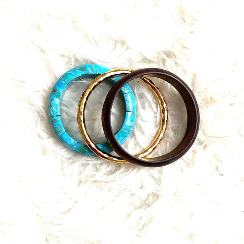 Nest Hammered Gold and Turquoise Rosewood Braclet Set