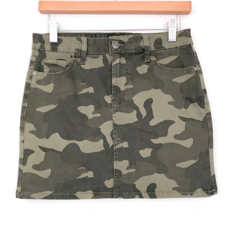 Celebrity Pink Camo Mini Skirt- Size 25