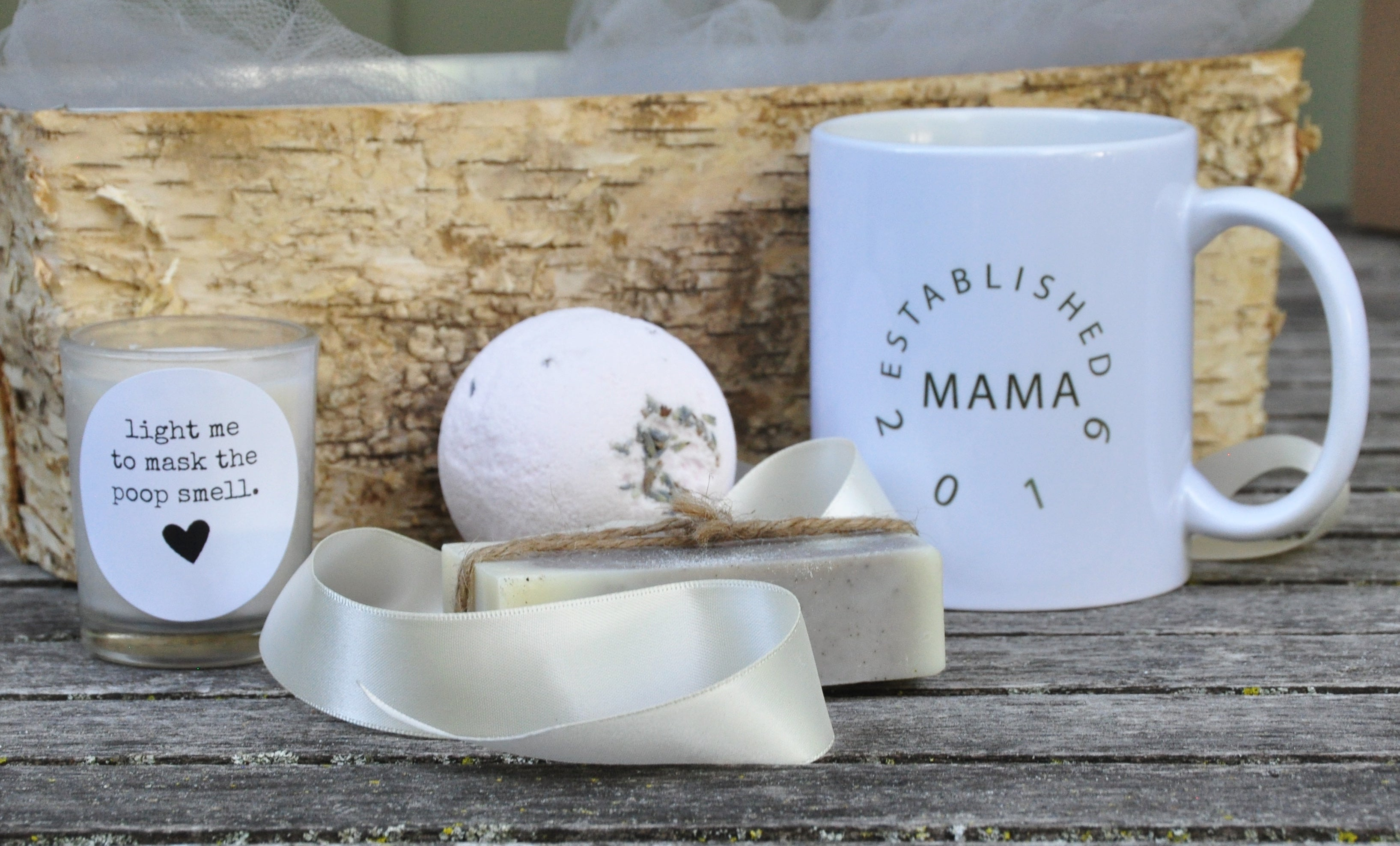 things a new mom needs for herself spa gift set pregnancy gift new mom gift basket new mom gift new mom new baby gift new baby mothers day gifts for first time mothers mothers day gift basket mothers day gift mom gift homemade gifts for mom gift for new mom gift basket for new mom gift basket first mothers day ideas