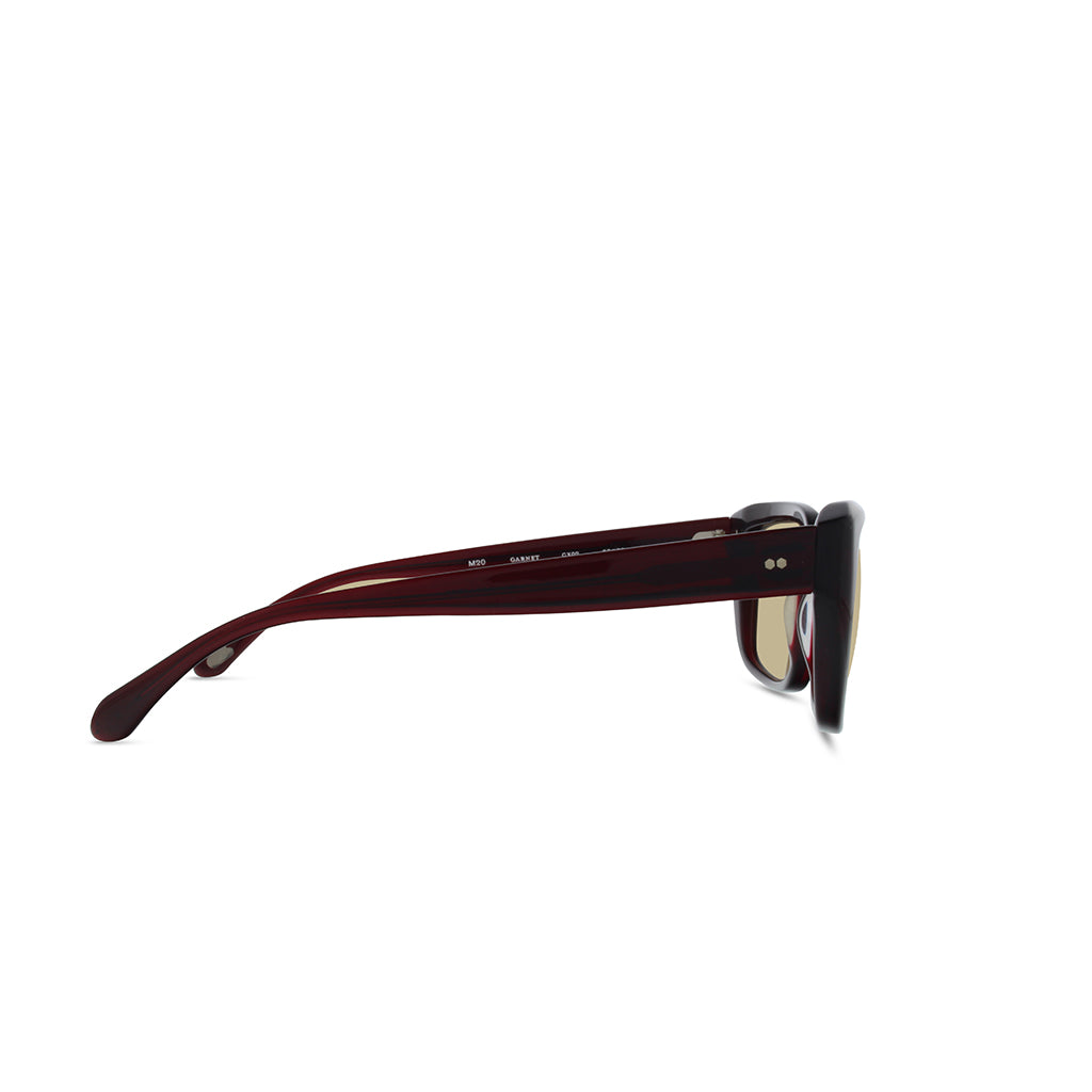 Garnet-glass-photo-brown-1