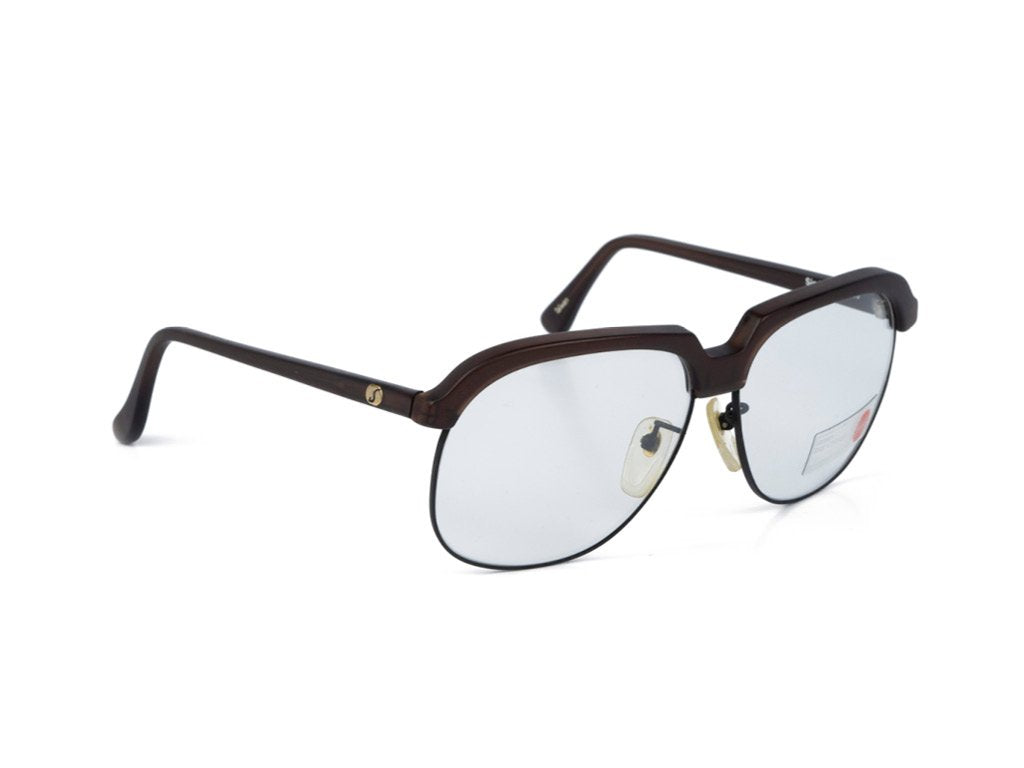 tortoise-brown-Photo-Brown-by-Corning-Optics-angle