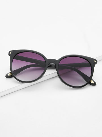 Image of Beautiful Cat Eye Sunglasses -  Sport Pet Shop