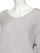 Load image into Gallery viewer, V-Neck Knit Pullover
