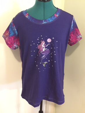 Mermaid Moon Size Medium Ladie's Tee Shirt