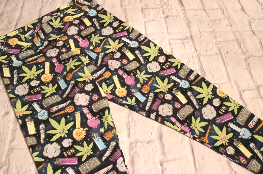 High Times Cannabis Cotton Lycra Leggings - Size Medium