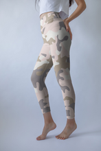 Load image into Gallery viewer, Pastel Camo Leggings